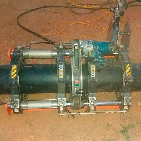 Solda top por termo fusão em tubo PEAD